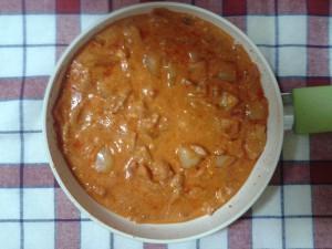 Ardei prăjiți cu roșii și brânză (Piperchi țârgâsiti)